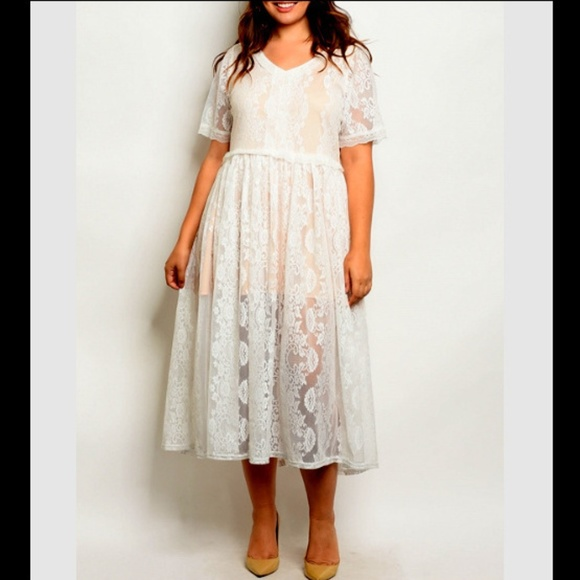 🆕 Plus 1X White Lace Sleeve Empire Babydoll Dress Boutique